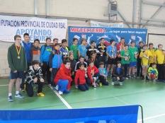Foto final con trofeos(1)