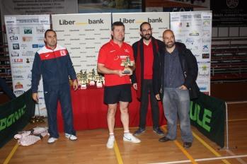 Juan Andrés-entrega trofeos